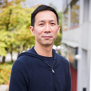 Alfred Kong, Economics